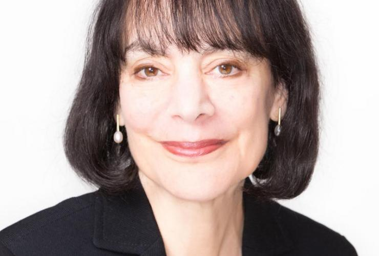 headshot of Carol Dweck